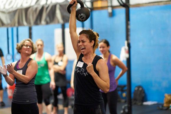 Η προπόνηση δύναμης προσφέρει περισσότερα από απλά δυνατούς μύες – Τί λέει το Harvard